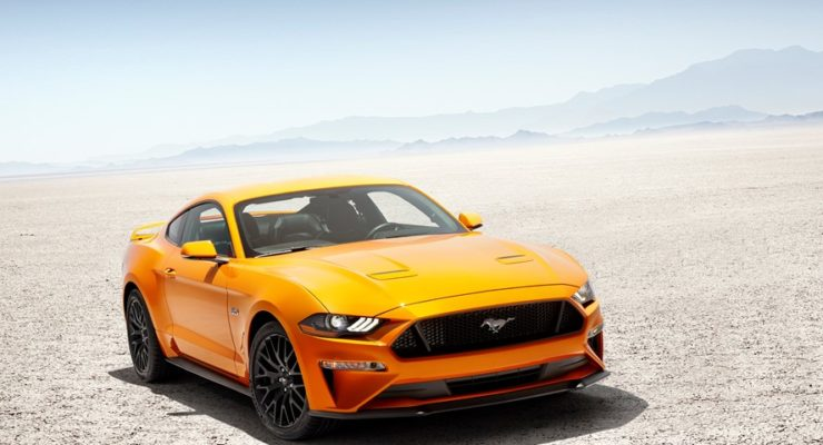 Новый Mustang рвется из стойла