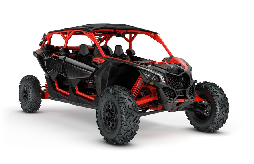 2018 Maverick X3 MAX X rs TURBO R Triple Black and Can-Am Red_3-4 front+
